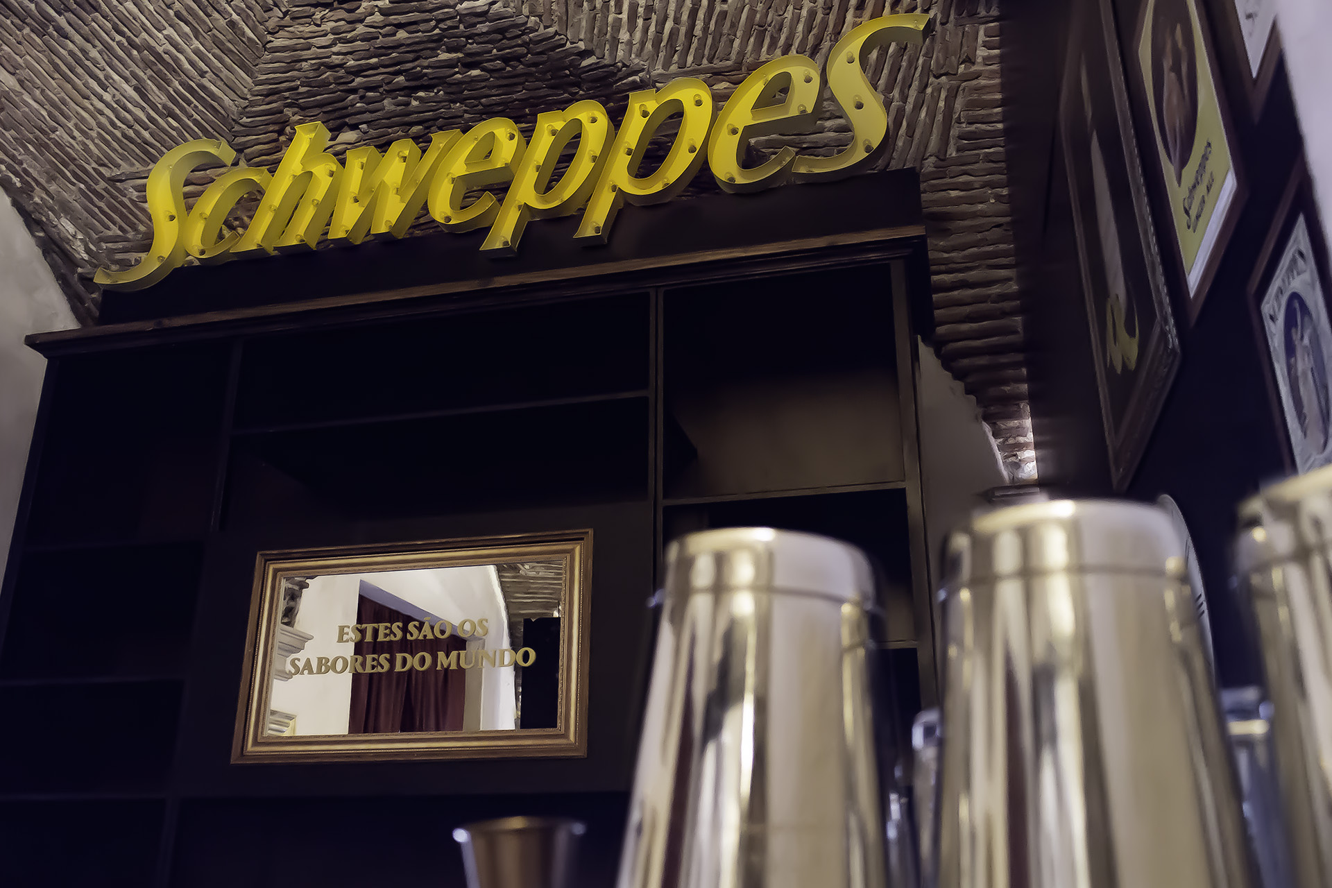 Shakers Schweppes