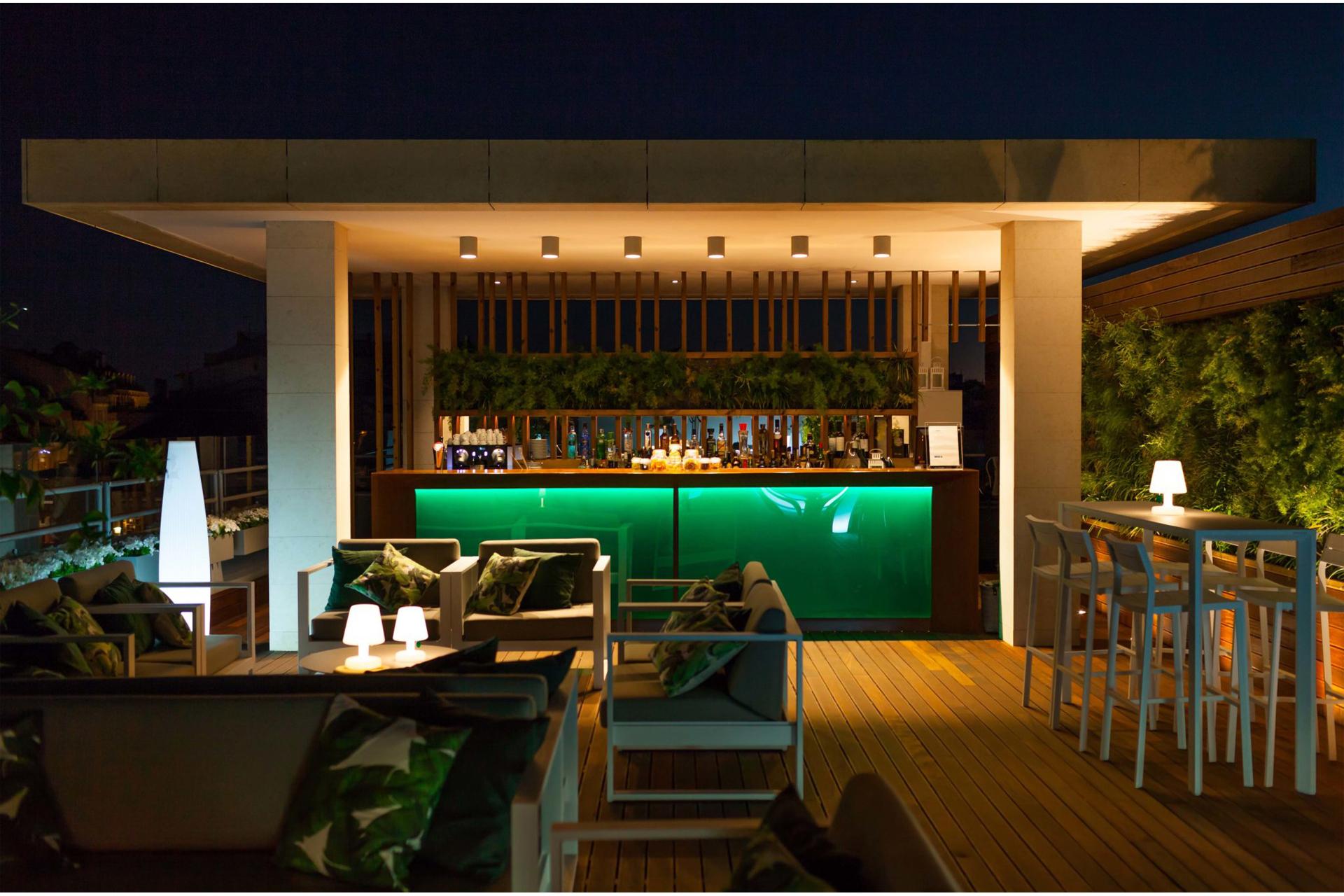 Garden Roof Bar 2
