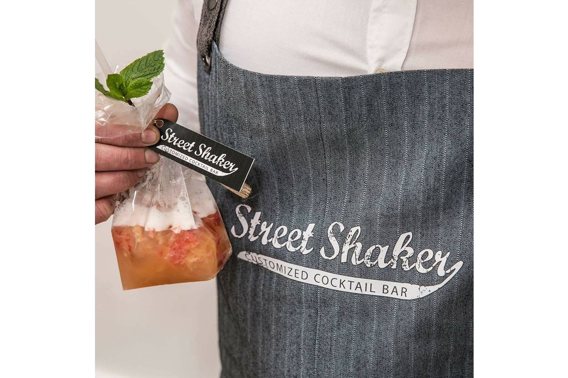 Street Shaker Cocktail Truck 1